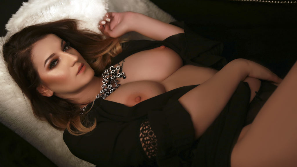 Watch the sexy DazzlingLora from LiveJasmin at GirlsOfJasmin